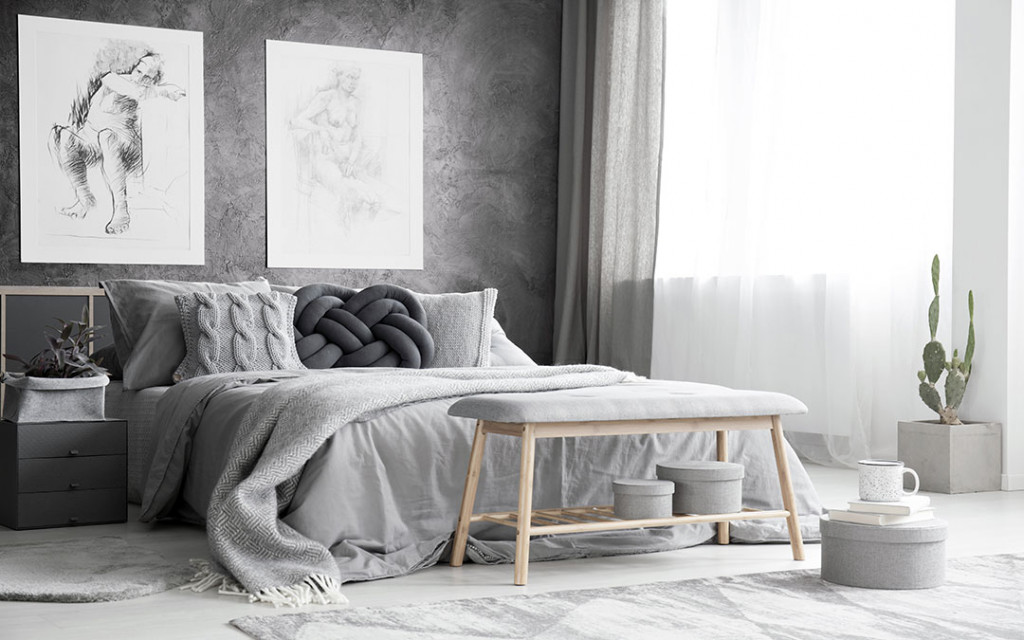Bedroom-walls-painted-with-grey-colour-with-grunge-patterns