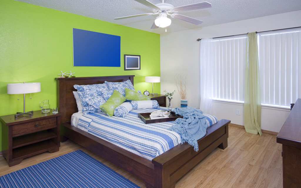 Gentle-green-paint-colours-for-bedroom-wall