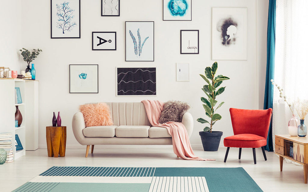 Living-room-coloured-with-off-white-have-wallframes